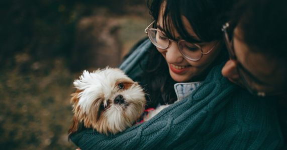 Over 90% Of People Would Dump A Date If Their Dog Didn't Like Them