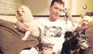 This Amazing Man Has Dedicated His Life To Rescuing Senior Dogs